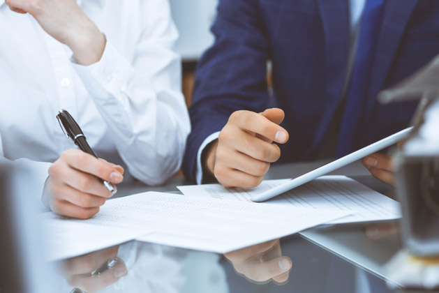 We advise business owners on a wide range of legal and tax issues affecting their businesses. From organizing a new entity to planning for the succession of an existing business, we are prepared to assist our clients in all aspects of their corporate and related affairs. Our attorneys assist business owners on such matters as the initial choice of organizational structure, maintaining current corporate filings required by state law, tax and succession planning, financing, restructurings and reorganizations, as well as stock purchase, redemption and other arrangements among shareholders, partners and other business owners.